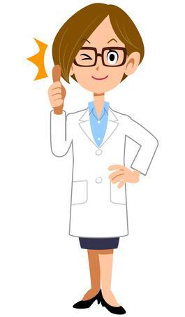 un médecin qui fait un signe top avec son pouce