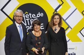 Fête de l'Entreprise : Alptis remet le Trophée de la RSE à Handishare
